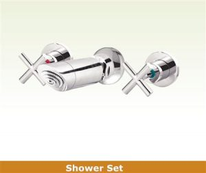Gwen Shower Set
